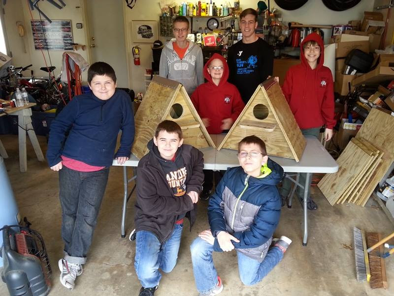 boy-scouts-build-owl-nest-boxes