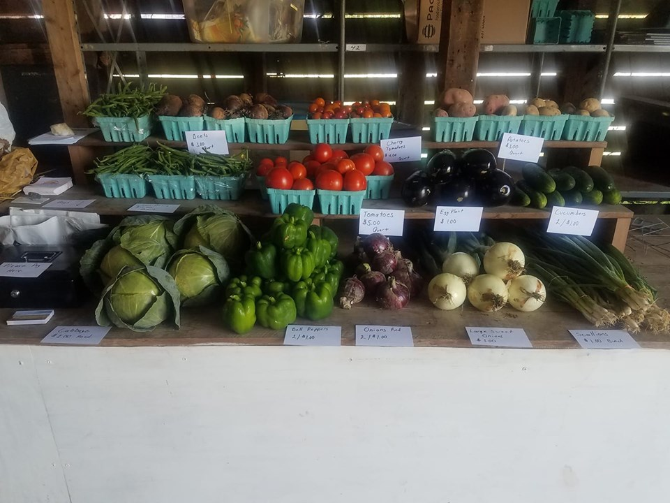 produce on farm stand